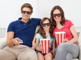 ערב קולנוע ביתי - מה הכי כדאי לראות יחד עם כל המשפחה?