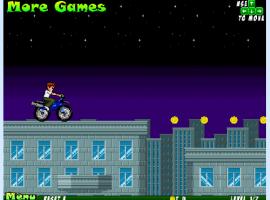 בן 10 על אופנוע
