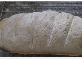 מתכון מנצח ללחם ביתי לבן - לפי המתכון של הקונדיטור הבריטי הידוע פול הוליווד
