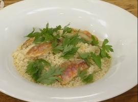 השף דוד פרנקל עם מתכון מעולה למרק דגים סיציליאני בתוספת קוסקוס