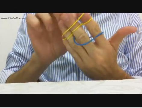 גומיות שובבות קופצות בין האצבעות, קסמים למתחילים